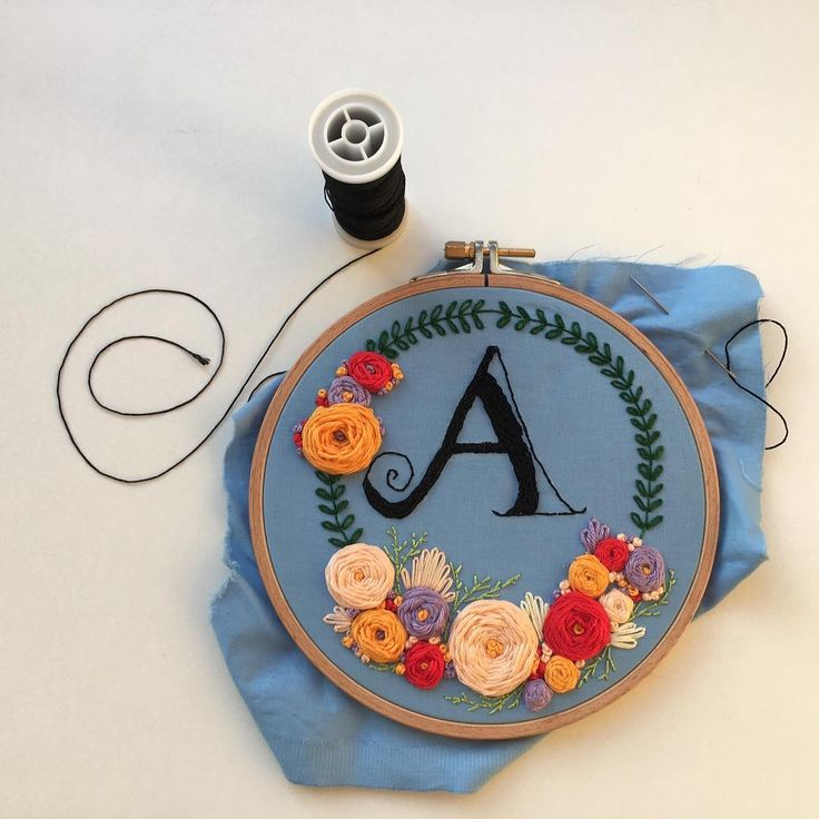 Another gorgeous floral embroidery pattern.