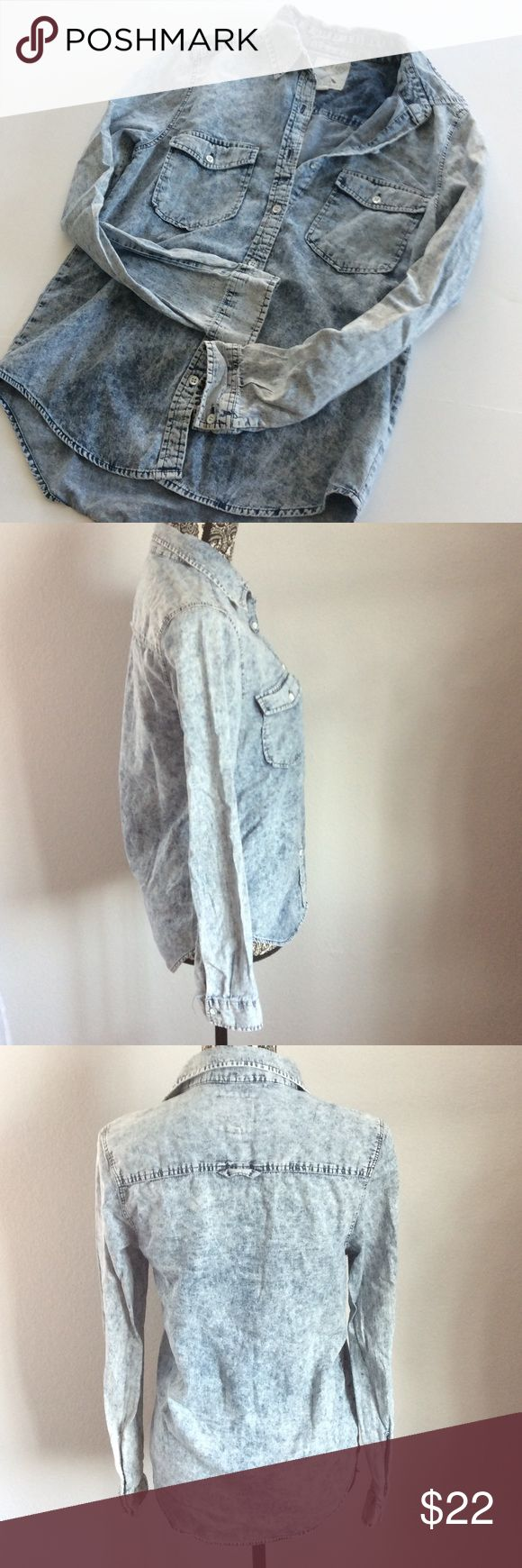 LA Hearts acid wash denim long button down In excellent pre loved condition. No rips or stains. Long sleeve top. No buttons missing. Size small. 100% cotton. LA Hearts Tops Button Down Shirts