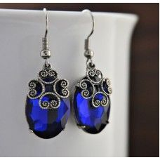 SAFİR Kristal Taşlı Gümüş Küpe http://ladymirage.com.tr/kupeler.html/safir-kristal-tasli-g%C3%BCm%C3%BCs-k%C3%BCpe-89423235.html?limit=100 #zümrüt #mavi #kristal #küpe #takı #tasarım #dizayn #elyapımı #mavi #gümüşkaplama