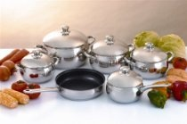 "Cookwell 11 Piece Stainless Steel ""Apple"" Shaped Cookware Set"