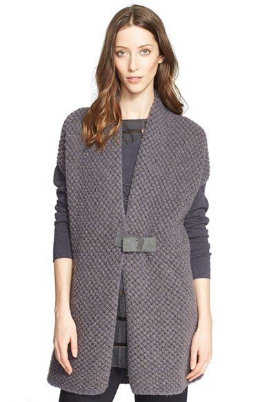 Free shipping and returns on Fabiana Filippi Honeycomb Bouclé Knit Short Sleeve Cardigan at Nordstrom.com. A plush and richly textured honeycomb knit furthers the cozy appeal of this lengthy, short-sleeve cardigan secured by a supple and tonally contrasting suede buckle.