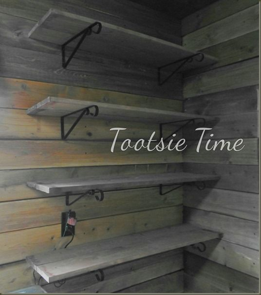 http://www.tootsietime.com/2013/11/if-walls-of-this-old-house-could-tell.html