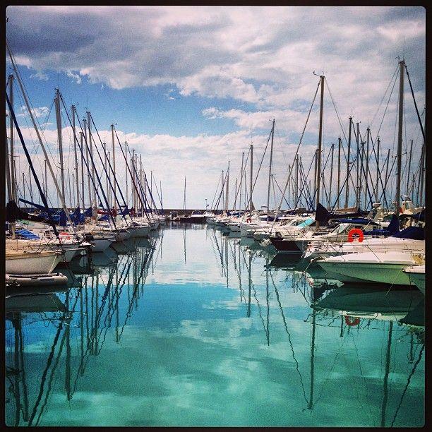 1000 images about pac d 39 azur 06 alpes maritimes on - Restaurant port de saint laurent du var ...