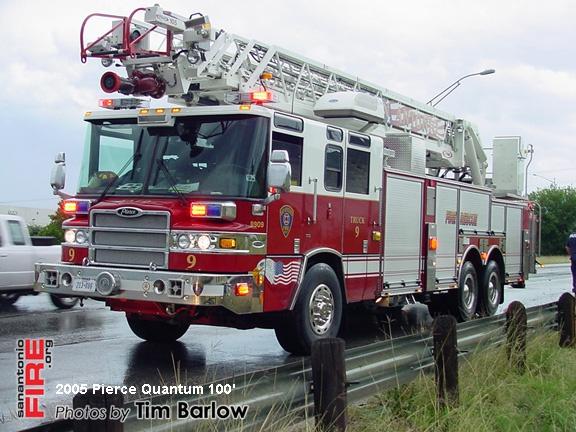 San Antonio Fire Department Pierce Aerial Ladder Trucks (Pre-Piped Waterway / 100')