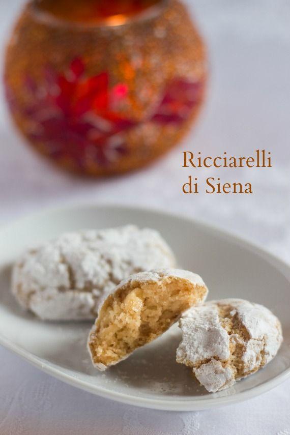Andante con gusto: I RIcciarelli di Siena: è Natale, imparate a condividere le ricette di famiglia!