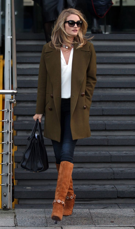 Rosie Huntington Whiteley Street Style | Harper's Bazaar #streetstyle #bijoux
