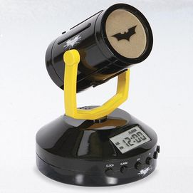 Now the kids can wake-up with their favourite superhero! Choose the alarm or radio function and start their morning off on the right foot. Projects Batman icon and time on ceiling or wall, built-in high sensitivity radio Auxilliary jack for connecting your iPod or MP3 player Includes AC adapter; can also work with 2 'AA' batteries This item is not available in Quebec