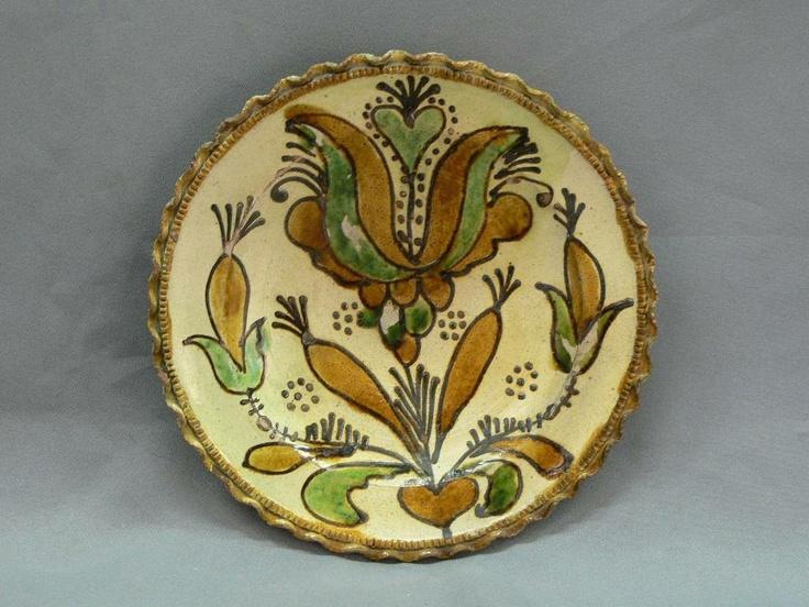 Plate from Kingdom of Hungary / Transylvania (Kürpöd, Kirchberg, Chirpăr), 18th century.    Museum of Ethnography, Budapest (NM 70.37.91)