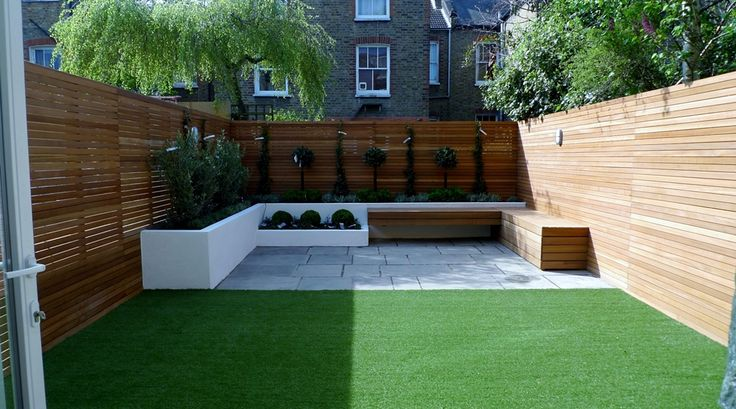 Modern garden design courtyard easy lawn grass cedar for Garden decking and grass