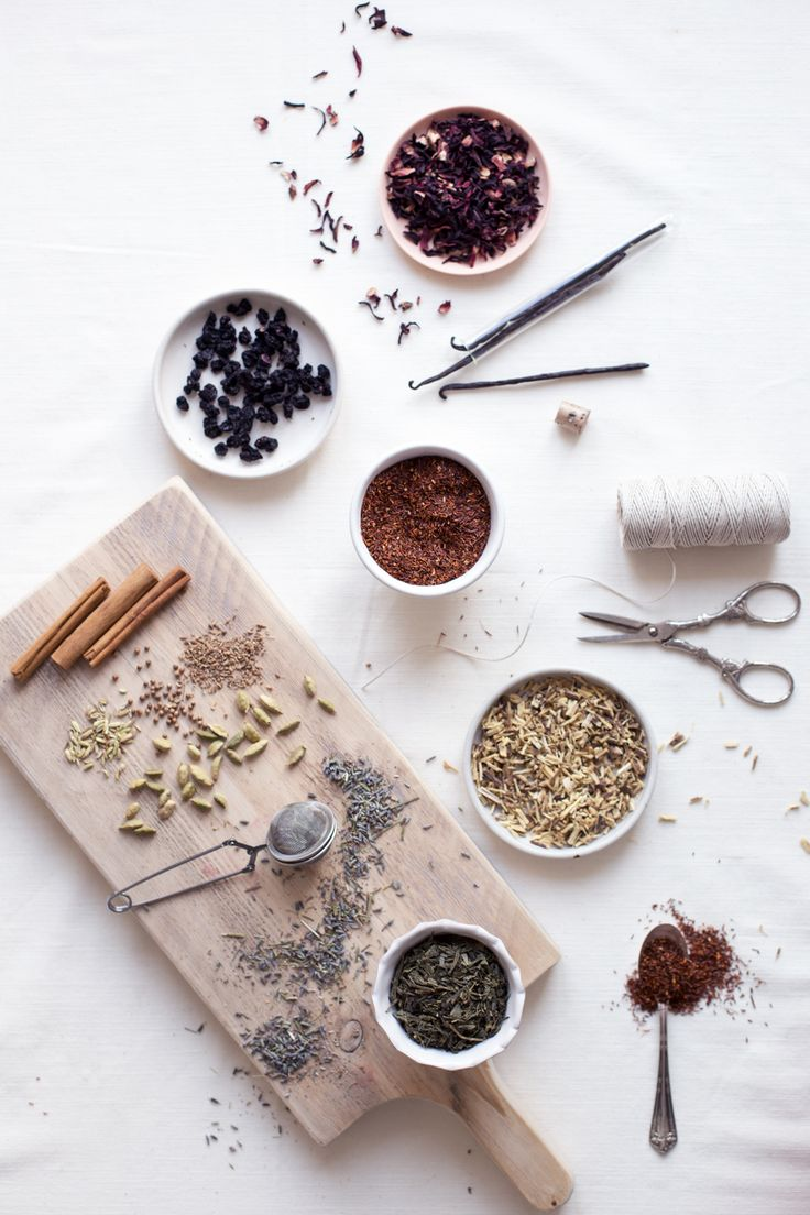 tea, herbs + spices for making tea blends