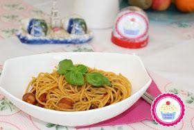 One Pot Pasta (Spaghetti) mit Wiener              Zutaten:  4 Wiener  1-2 Eßl Butterschmalz  1/2 Paket Spagetti  400ml Gemüsebrühe  3-4 Lo...