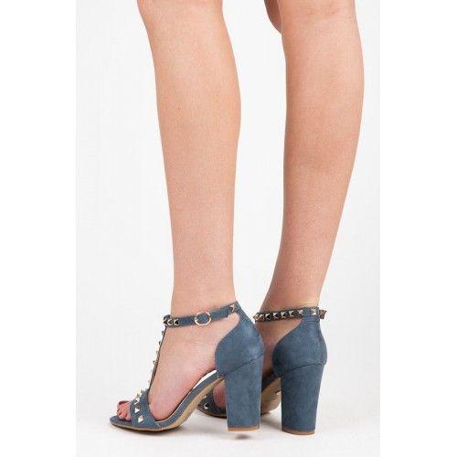 Dámské sandály Ideal Miara modré – modrá Dámské sandály jsou v létě jasnou volbou. Udržíte si ženskou svůdnost, ale vaše nohy budou moci dýchat. Řemínek skvěle zachytí nohu. Podpatek je hrubšího typu, takže bude vaše …