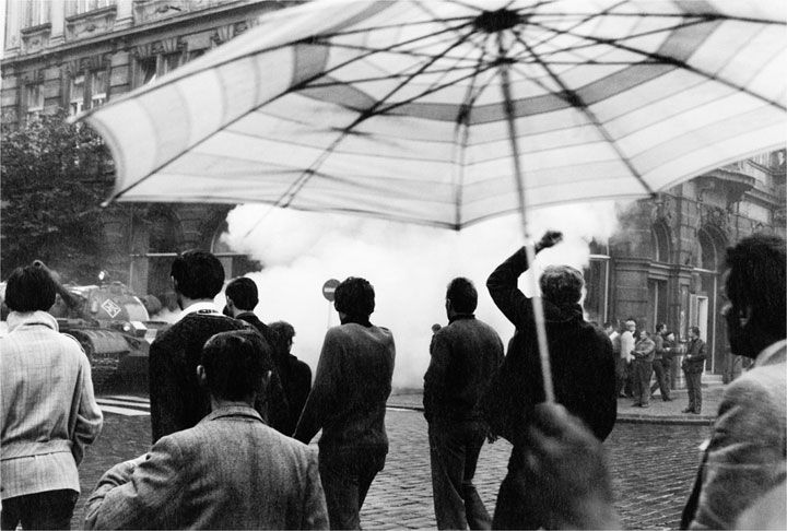 Paul Goldsmith Photography | Prague 1968 | The Photographs