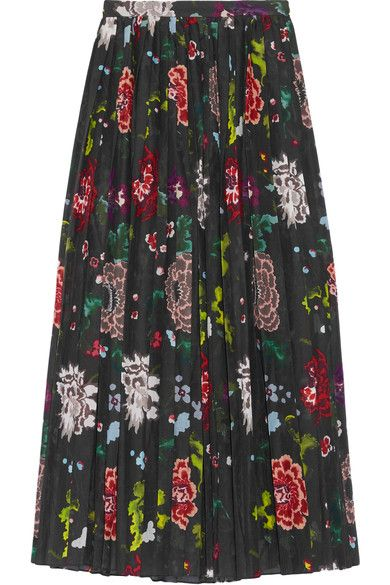Adam Lippes' skirt is made from pretty floral-print voile. Pressed with sharp accordion pleats, this wrap style sits at the narrowest part of the waist and has a thigh-high split that creates soft movement as you walk. Mix textures and wear it with a chunky sweater.