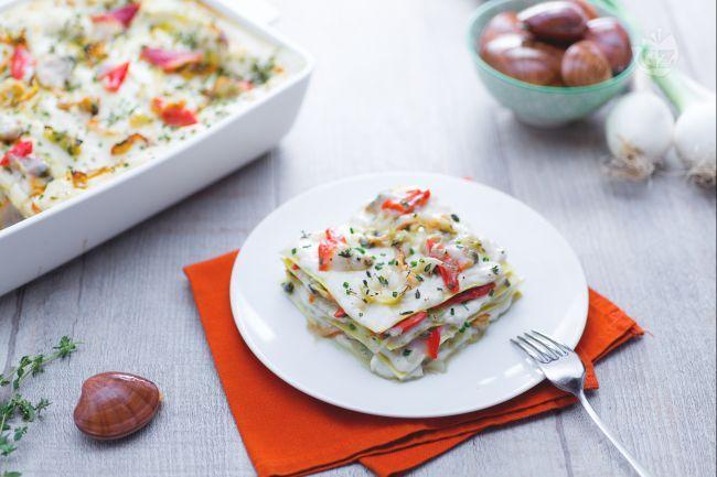 Le lasagne di fasolari sono un primo piatto di mare a base di fasolari, dei gustosi molluschi  pescati nell'Adriatico dalla carne tenera.