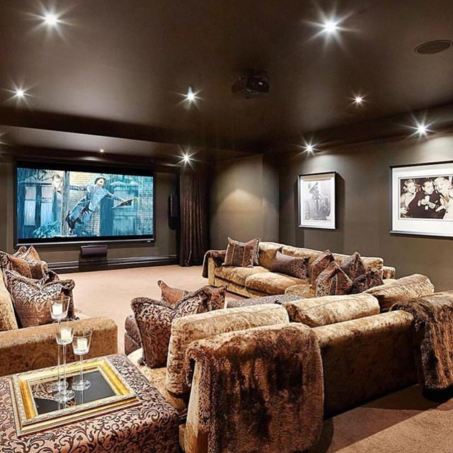 Amazing Home Theater Tag your movie crew!-Photo by @urban_angles