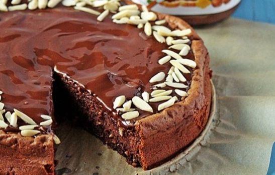 Κέικ Νουτέλας με γλάσο σοκολάτας