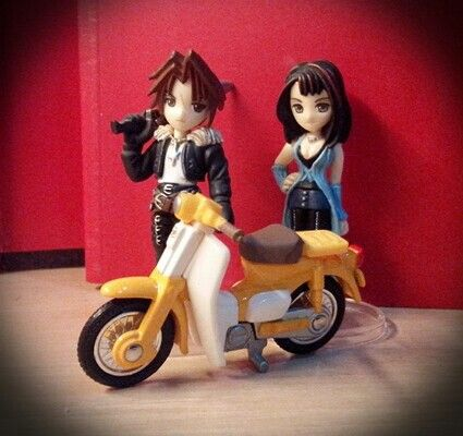 Rinoa, Squall and honda cycle die cast