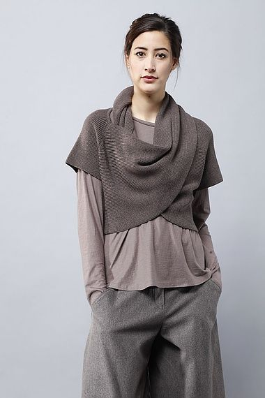 http://edina.oska.com/en/products/detail/pullunder-ilou-01140713004/