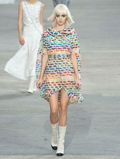 MODE IS KUNST - In 1 klap op de hoogte: dit zijn dé modetrends voor voorjaar 2014 - Chanel SS 14