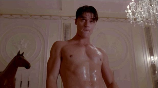 "14 Reasons You Have A Crush On Dandy From ""AHS: Freak Show"".  His level of pretty makes me uncomfortable."