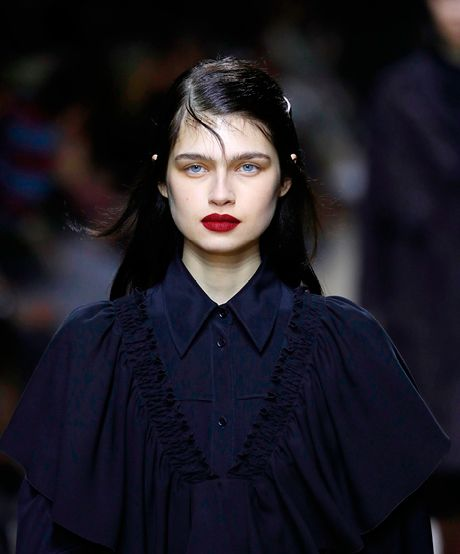 The Trend: Rochas's Wind-Swept Romance—Dreamy fly-aways tied back with a barrette leave you looking like you're starring in an English romance novel.