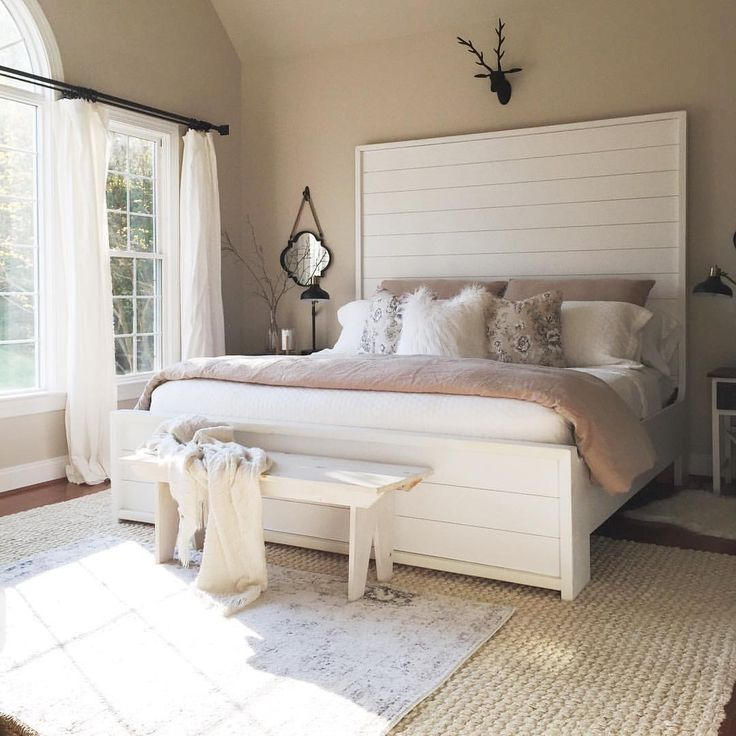 17 best ideas about benjamin moore edgecomb gray on. Black Bedroom Furniture Sets. Home Design Ideas