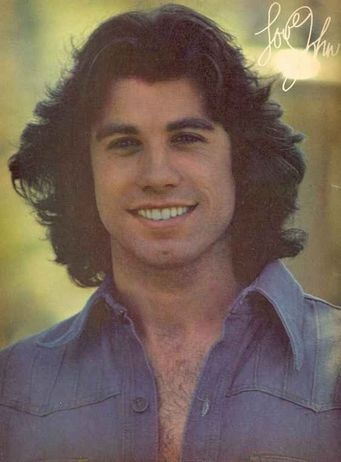 THIS is the John Travolta that I really loved! Now...not so sure,sadly.