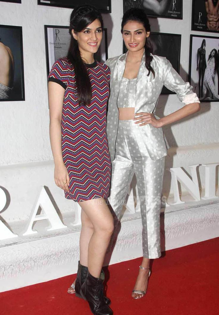 Kriti Sanon and Athiya Shetty at the #DabbooRatnaniCalendar launch. #Bollywood #Fashion #Style #Beauty #Hot #Cute