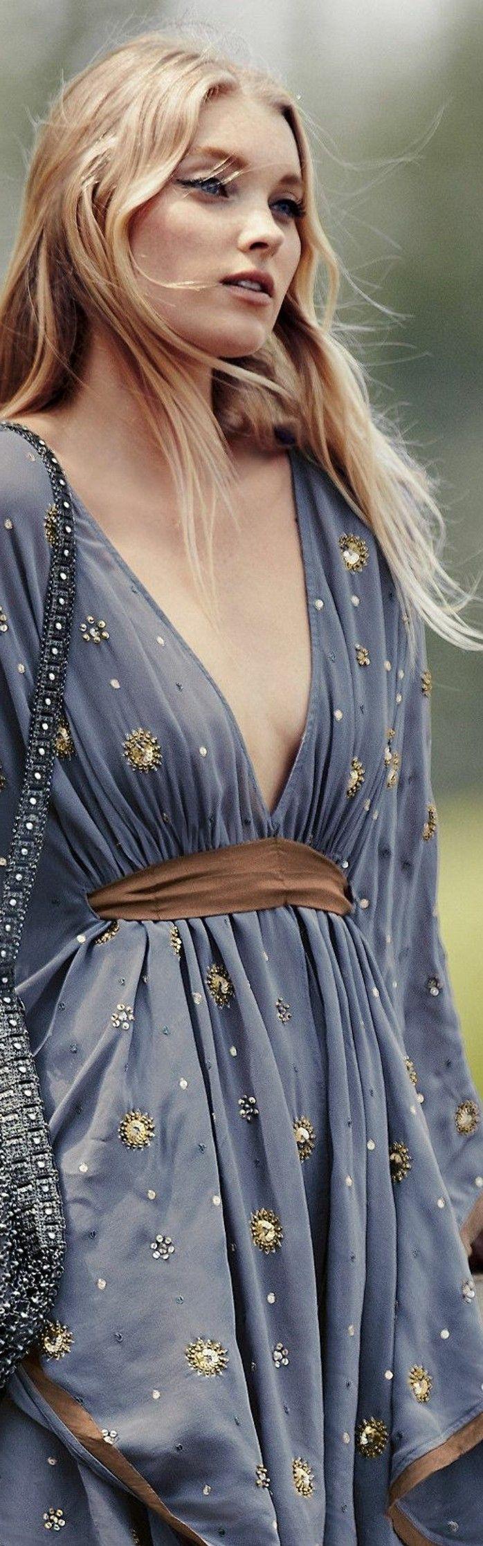 tenue boheme chic, robe longue bleue