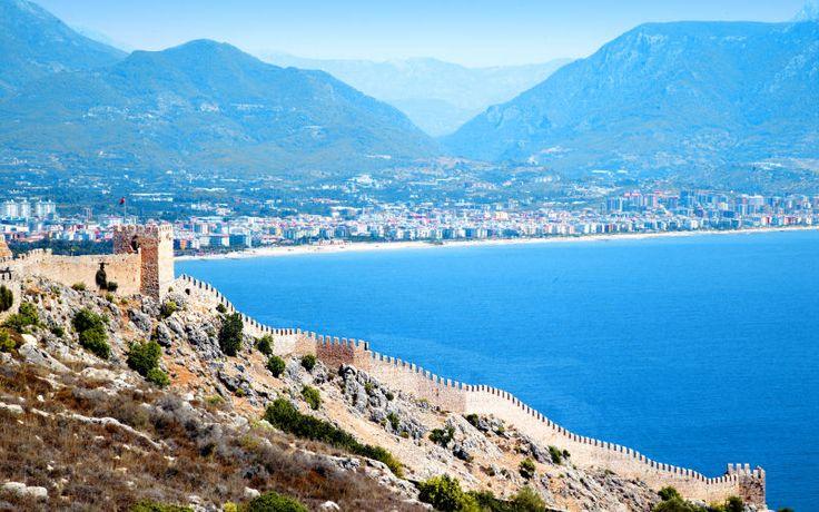 Den historiske fæstning i Alanya, Tyrkiet. Se mere på www.apollorejser.dk/rejser/europa/tyrkiet