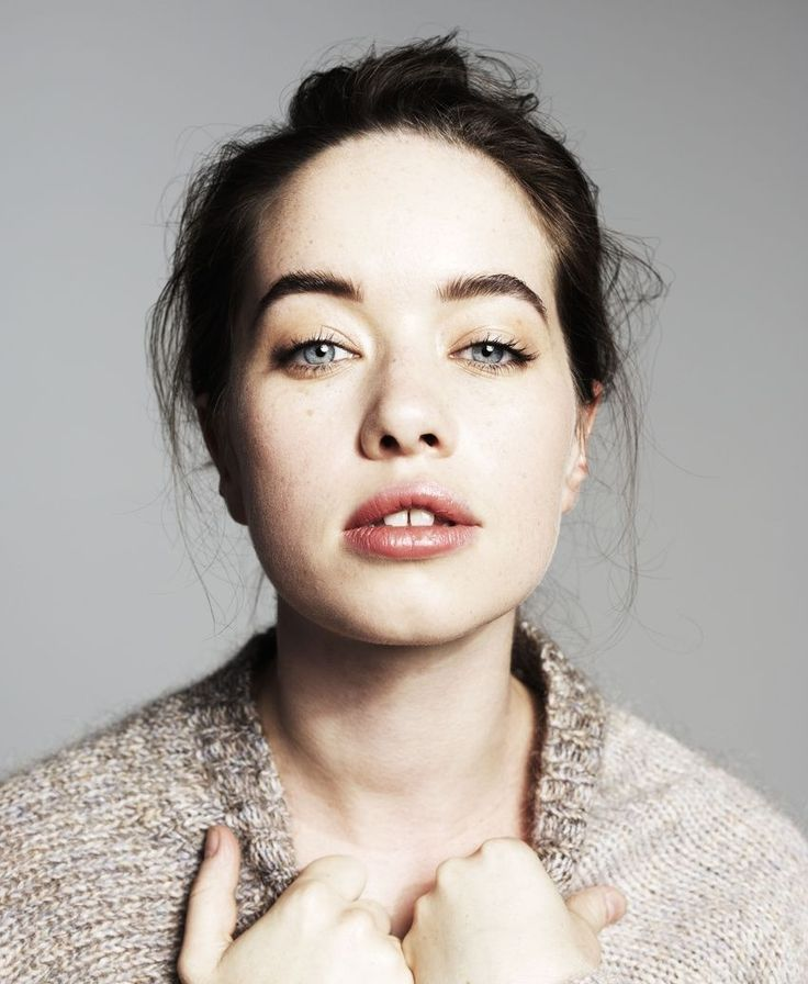 "227 best Anna Popplewell ""Susan"" Narnia images on ..."