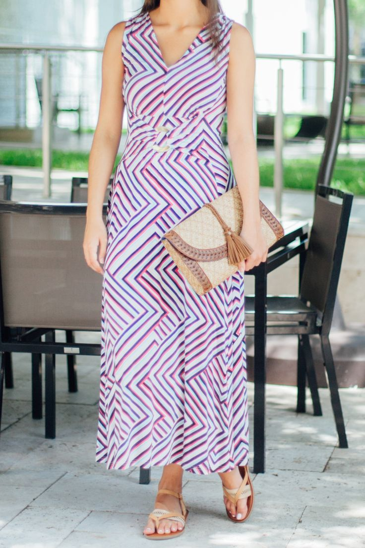 This Liz Lange maxi dress is going to be one of your new favorites! The lightweight fabric and figure-flattering design makes this dress perfect for the summer months! Which of the design options is your favorite?