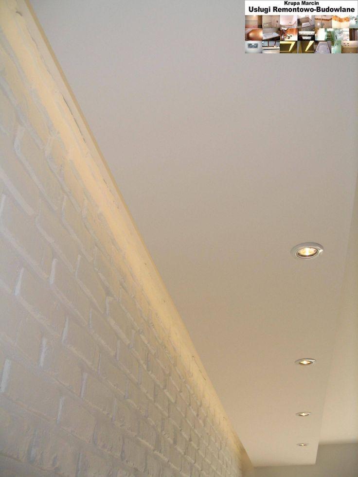 Cegła ozdobna na ścianie z burtą LED podświetlona ściana.