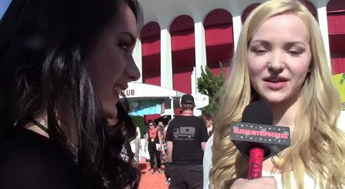 Video: Dove Cameron Talked With Alexisjoyvipaccess At The 2015 Kids' Choice Awards - Dis411