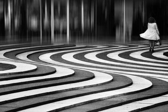27 Fine Examples Of Architectural Photography - Str 110 On the wave