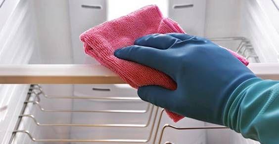 come pulire e sbrinare il frigorifero