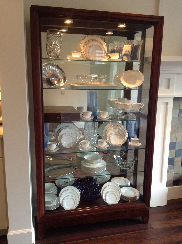 China cabinet display idea for the home pinterest for Arranging dishes in kitchen cabinets