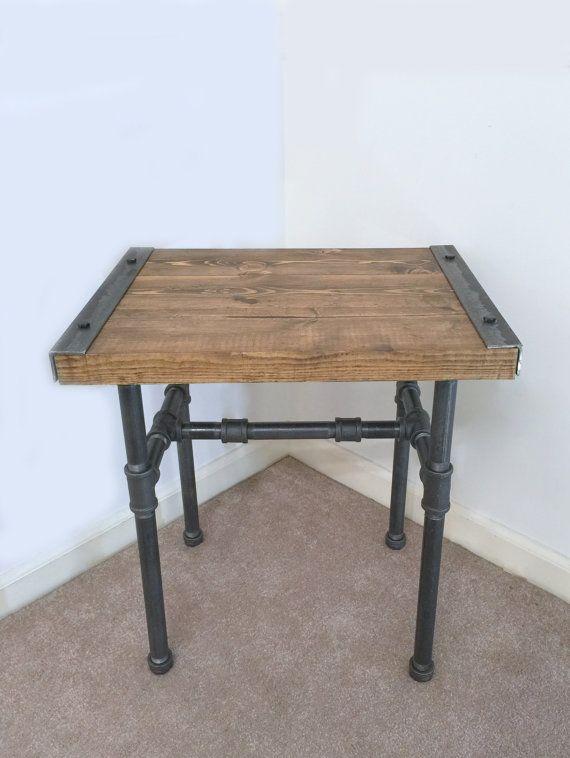 Industriële bijzettafel eindtafel Pipe tabel door TheCleverRaven