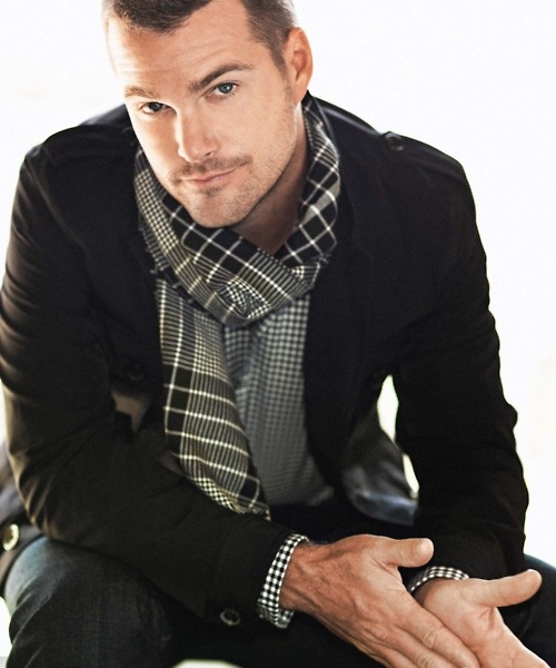 scarf: Eye Candy, Chris O' Donnel, Ncisla, Style, Chris Odonnel, Ncis La, Ncis Los Angeles, People, Hot Celebs