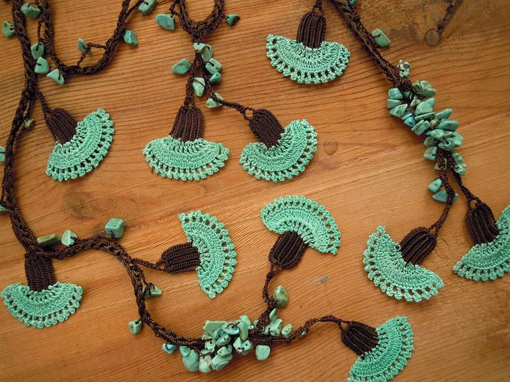 crochet flower necklace carnation turquoise green by PashaBodrum