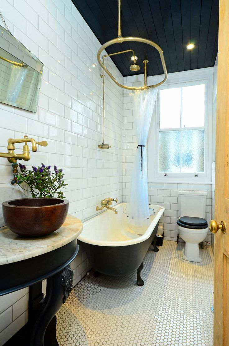 1000 images about redecorating bathroom ideas on pinterest for Redecorating a small bathroom