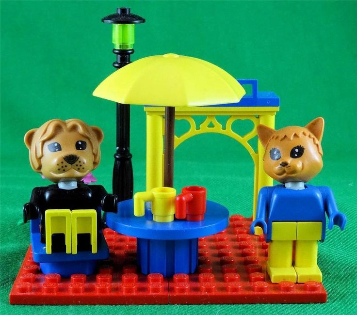 Vintage 80 s Lego Fabuland - freestyle (5) - Lionel Lion and Charlie Cat