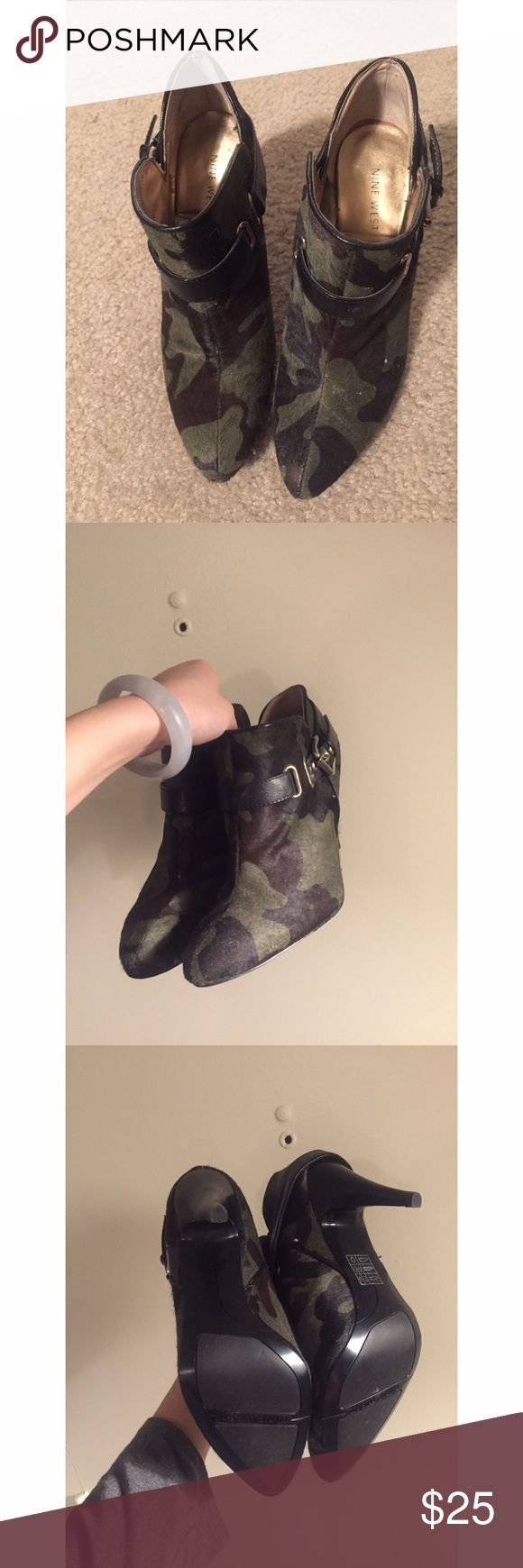 Nine West military pattern booties Gently worn; snug fit Nine West Shoes Ankle Boots & Booties