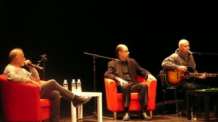 Jeffery Deaver, Giorgio Faletti and Seba Pezzani on stage at the Teatro Elfo in Milan