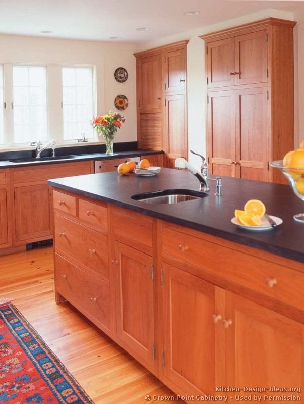 Wood Kitchen Cabinets light cherry Shaker Kitchen