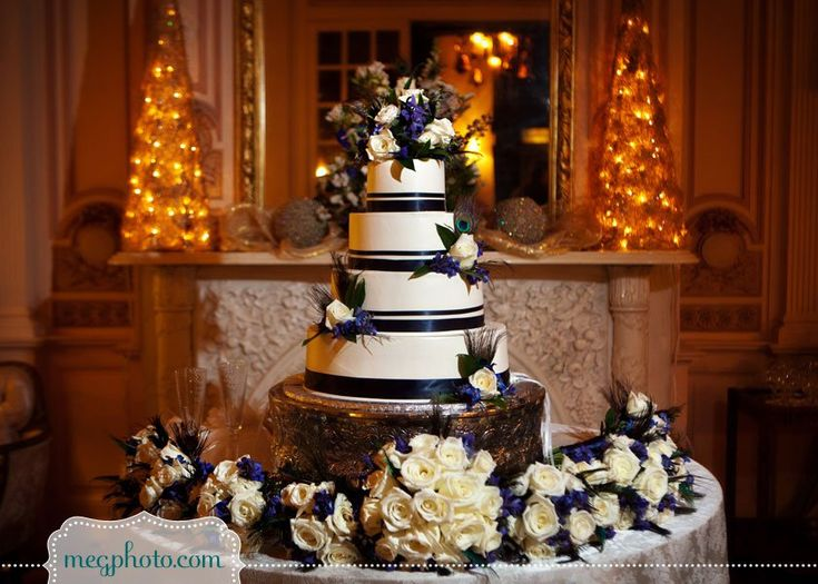 Wedding Cake Table Ideas chic rustic wedding cake table ideas How To Show Off Your Wedding Cake