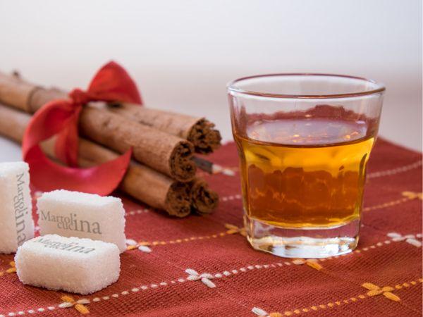 LIQUORE ALLA CANNELLA #liquore #cannella #natale #regalo