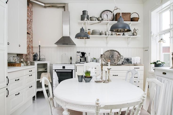 Incredibly Stylish Apartment 4