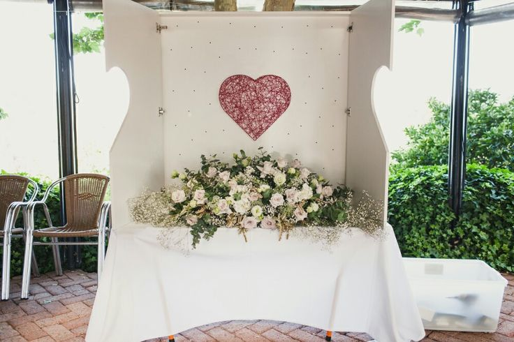 Guestbook cabinet